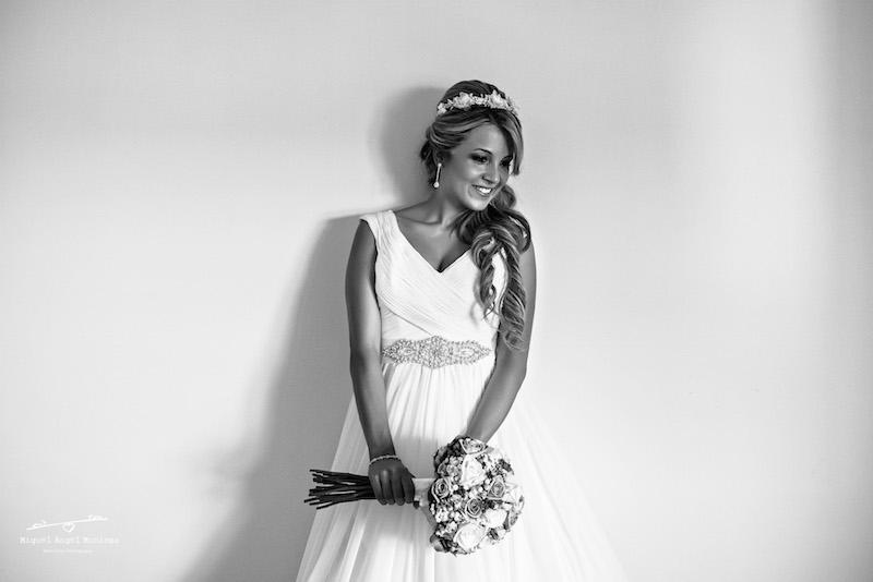 pendiente-de-novia-largo-vestido-de-pronovias-eva-pellejero