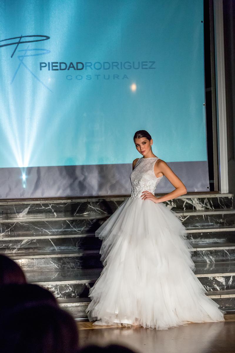 Famous Vestido Novia Zaragoza Composition - Wedding Dresses & Bridal ...