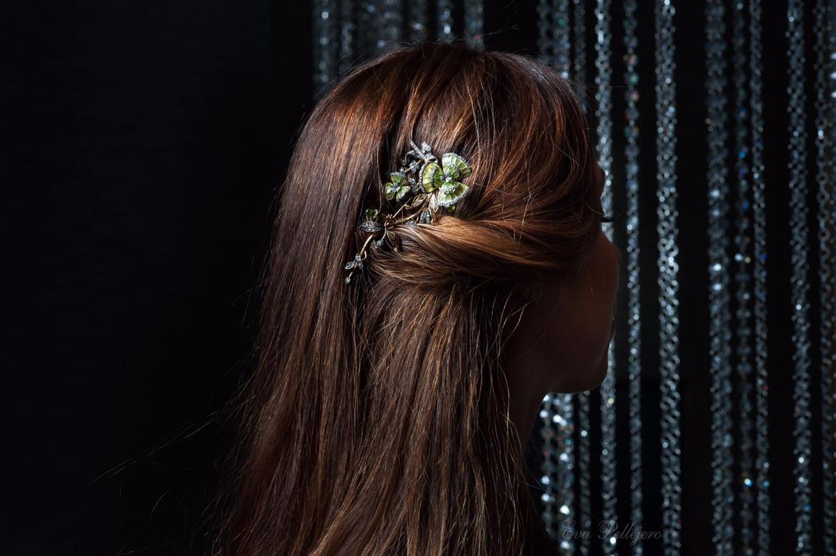 Recogidos de novia con broches, peluqueria, maquillaje, salon de belleza, novias, wedding zaragoza