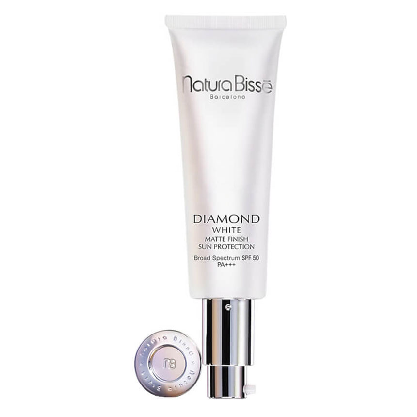 diamond white spf 50 sun protection matte finish eva pellejero