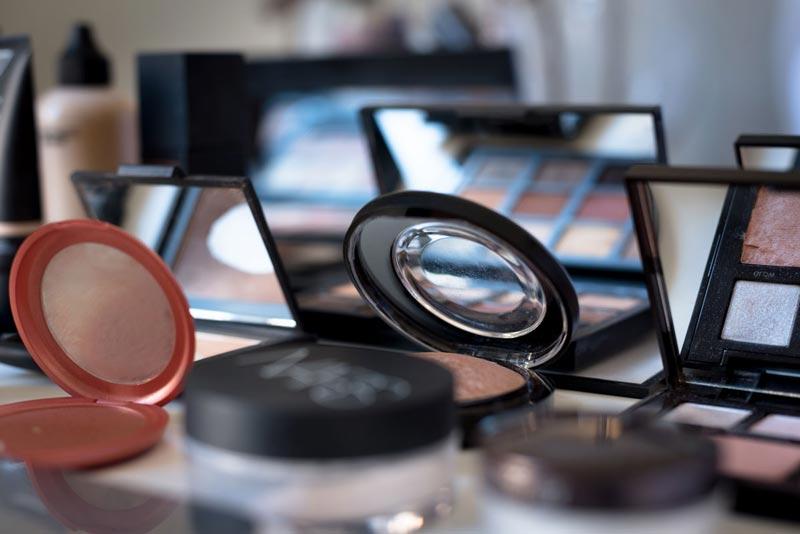 taller de automaquillaje curso de maquillaje zaragoza eva pellejero school