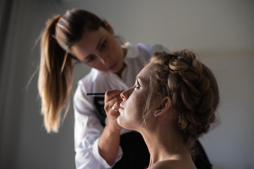 maquillaje y peluqueria de novia millenial wedding editorial