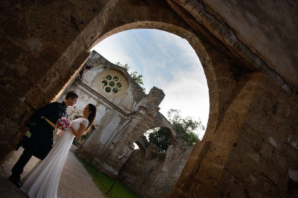 Peinado novias con pelo rizado eva pellejero