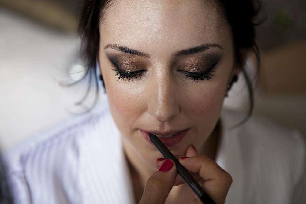 ojos y labios marcados maquillaje de novia eva pellejero