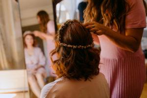 novia con melena midi pelirroja color eva pellejero