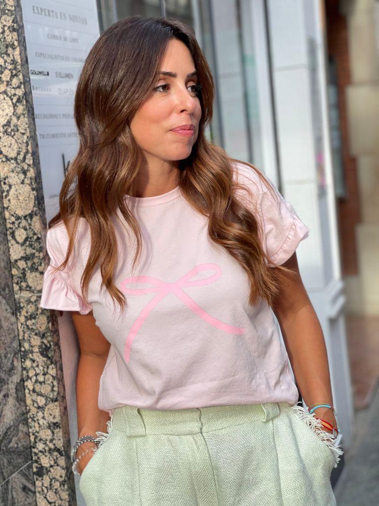 #PELLECAMISETAROSA La #PELLECAMISETA - Camiseta de Eva Pellejero color Rosa